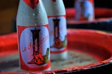 La Guillotine, ter herdenken van 200 jaar Franse revolutie